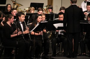 Chamber Winds light up the stage
