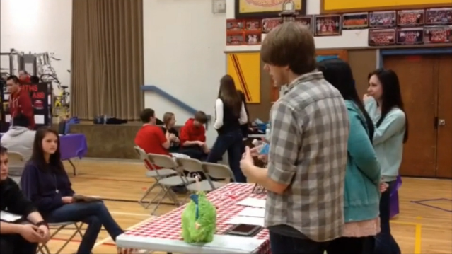 Video: Brier Terrace Middle School Electives Fair