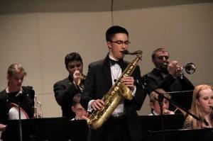 Band plays sendoff to Disneyland, tribute to Jackson
