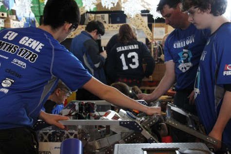 MTHS Robotics teams advance to quarterfinals in FIRST competition
