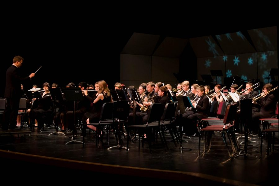 Symphonic band concentrates on playing music.