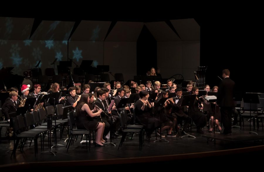 Symphonic band begins the Nutcracker concert.