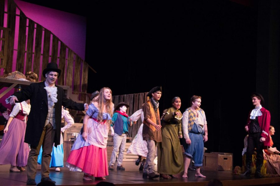 As the musical comes to an end, the cast give a quick recount of the events that occurred once upon a Natchez Trace.