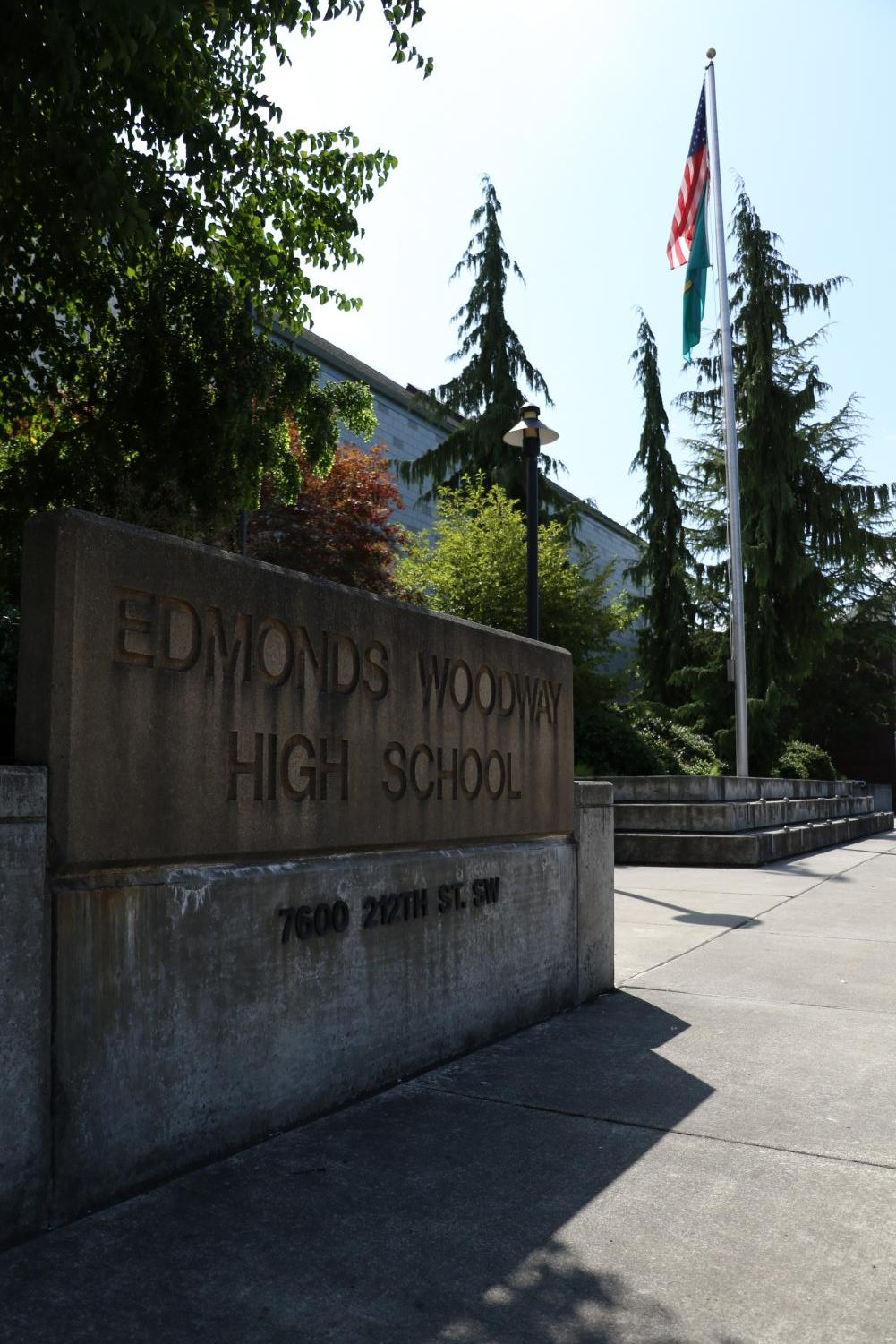 The Edmonds Education Association held its general meeting at Edmonds-Woodway High School to ratify the contract that would approve the salary increases for teaching staff in the Edmonds School District.