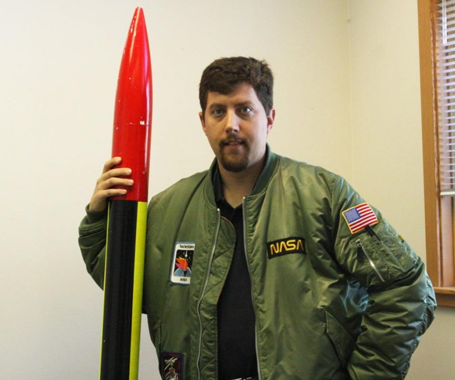 Former Assistant Principal Peter Schurke was named third place finalist for the 2012 National Aerospace Teacher of the Year, an award accompanied by a $1,000 grant. He also won the Washington State Air Force Association Teacher of the Year in 2011.