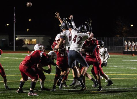 Hawks lose against the Snohomish Panthers, 47-6, fall to 4-4